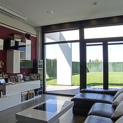 Salón y vistas del jardín