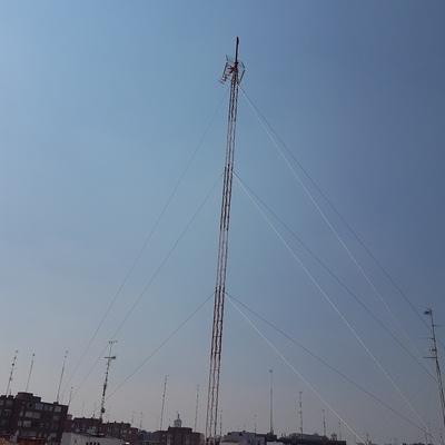 Saneamiento de torre de Antena de Tv