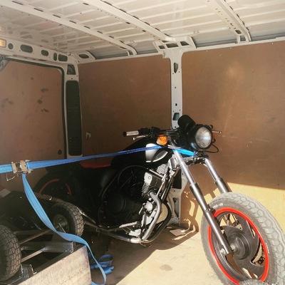 Servicio de transportes de motos