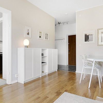 Ideas y fotos de sillas comedor blancas modernas para for Sillas comedor modernas polipiel