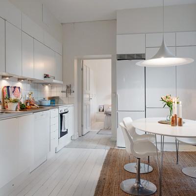 Un apartamento de estilo nórdico con detalles vintage