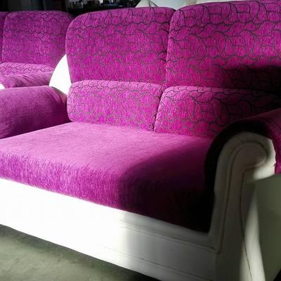 Trabajos sillas y sillón bonito en Toledo