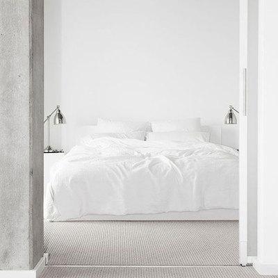 Ideas y fotos de cama sin cabecero para inspirarte - Dormitorios sin cabecero ...