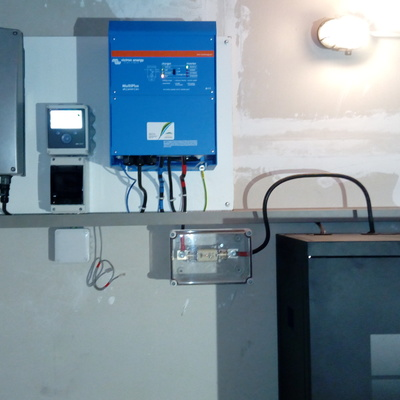 Instalación solar FV aislada con baterías de litio
