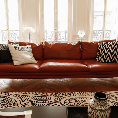Sofá cuero marrón