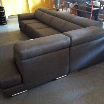Sofa con terminal