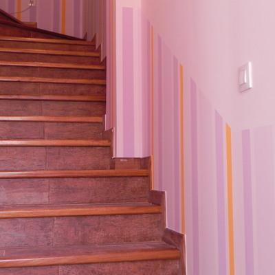 Subida de escalera y entrada