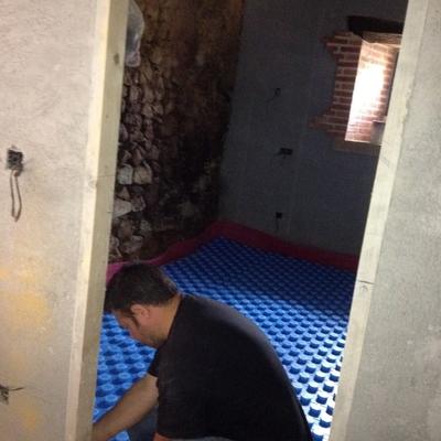suelo radiante en vivienda antigua restaurada