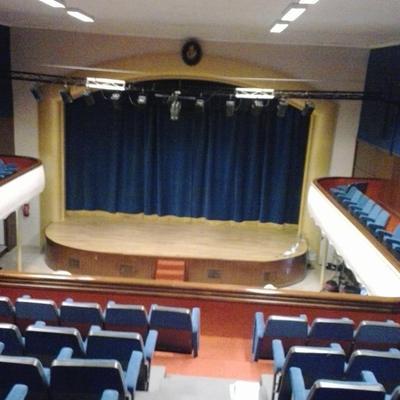 Retapizado del teatro Sax