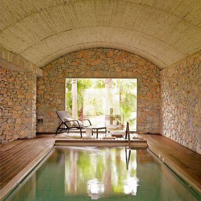 tejado de una piscina rural