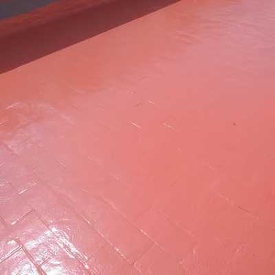 Impermeabilización con poliurea en caliente proyectada.