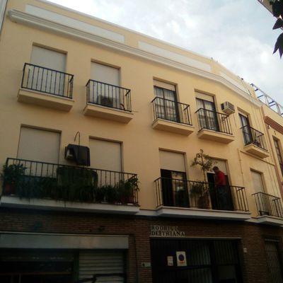 Rehabilitación fachada comunidad en Triana.
