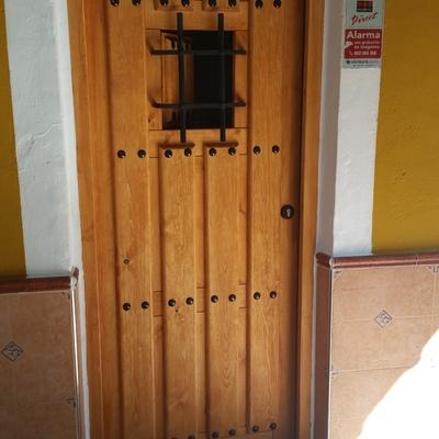 sustitucion puerta de entrada por robo