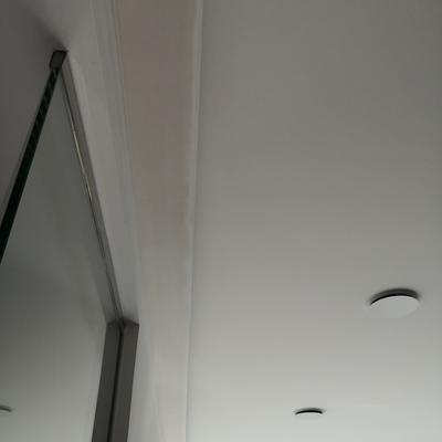 Luz indirecta en salón