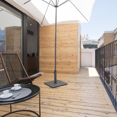 Reforma integral tiene terraza como protagonista y estilo industrial
