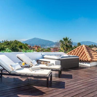 Pequeños muebles que no pueden faltar en tu terraza