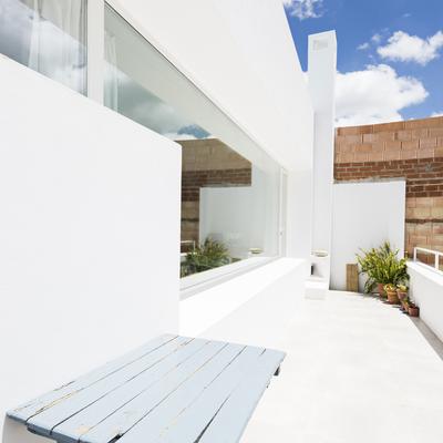 Ideas y fotos de suelo blanco exterior para inspirarte - Suelos de microcemento precios ...