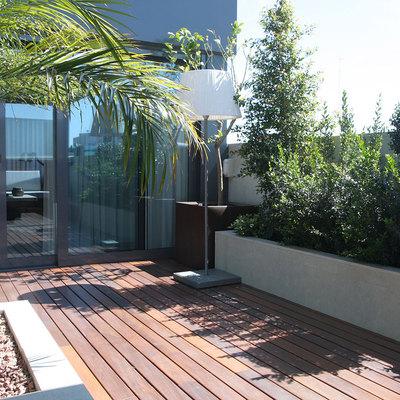 Un apartamento de dos alturas con una espectacular terraza