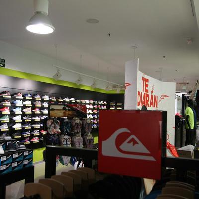 Tienda de Deportes Base en Valencia