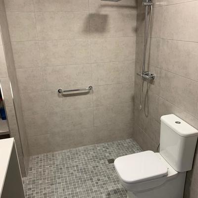 Baño especial ACCESIBILIDAD