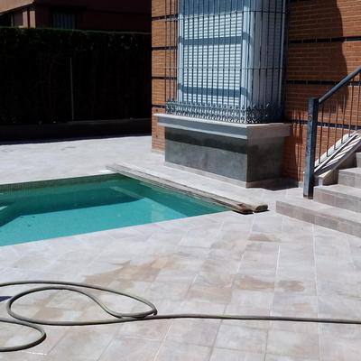 Proyecto y ejecucion de piscina
