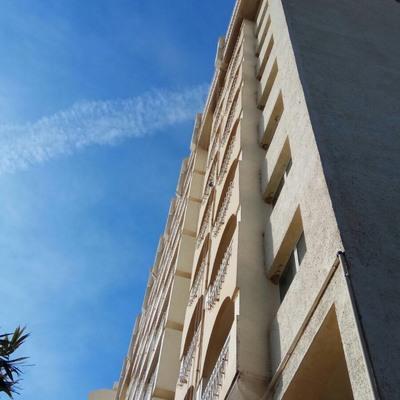 Trabajos verticales en hotel.