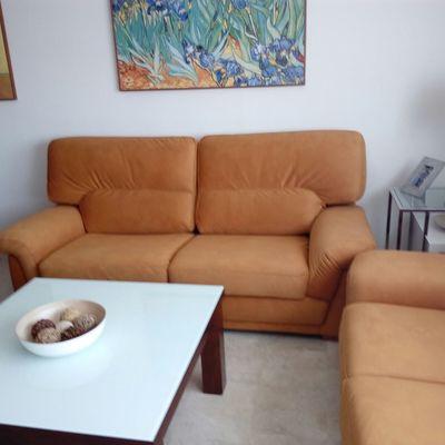 Tapizado de dos mas tres y sillas totalmente tapizadas en tejido antimancahas