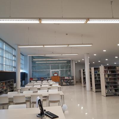 Paneles LED en oficinas