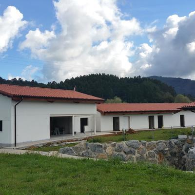 CONSTRUCCION DE CASA RURAL MUNGUIA