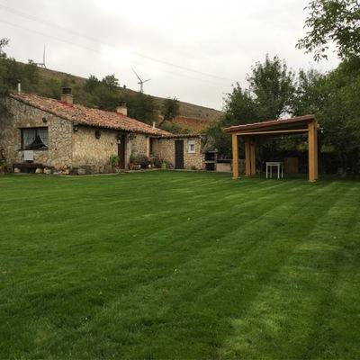 Reforma de jardín e instalación de riego en San Pantaleòn del Páramo