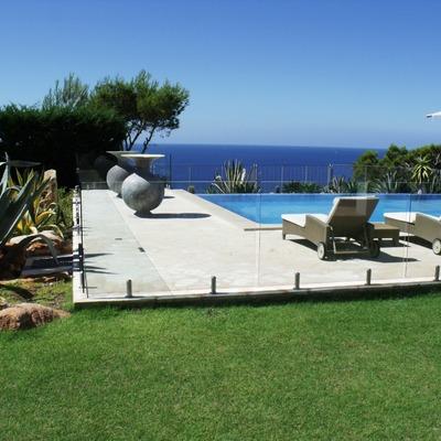 Vallado de piscina en Ibiza