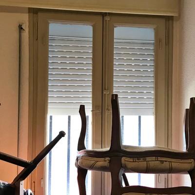 Suministro e instalación de 3 ventanas