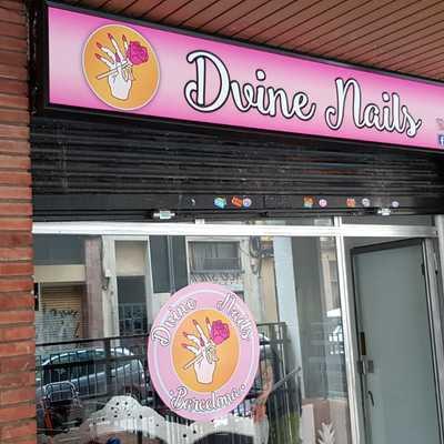 CAMBIO DE VINILOS CLIENTE  Dvine Nails.