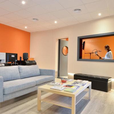 Reforma y construcción de las nuevas oficinas y estudios de Idea Sonora