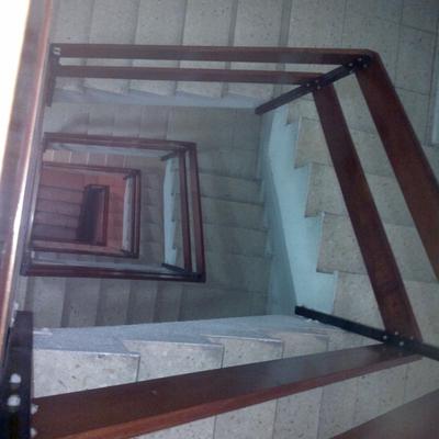 Reforma De Edificio Para Instalación  De Ascensor  Y Reforma De Portal