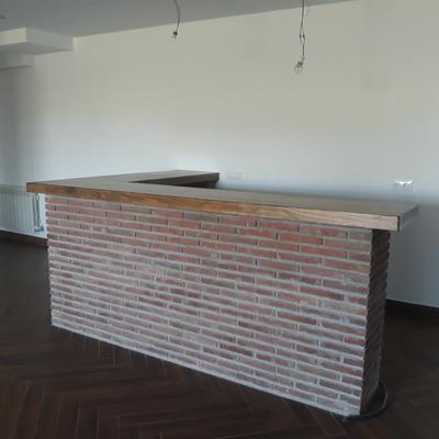 Barra bar y tablon chimenea