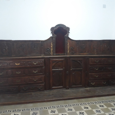 Restauracion tapa mueble sacristia