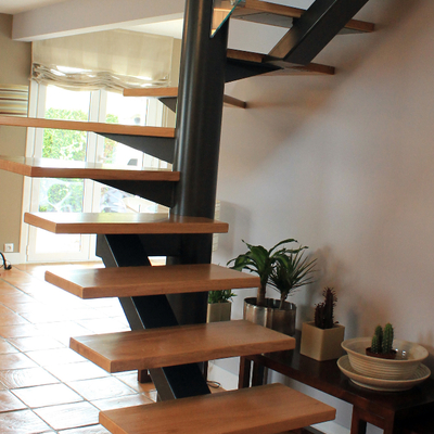 Ideas de escalera sin contrahuella para inspirarte habitissimo - Escaleras semi caracol ...