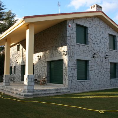 Construcción de 1 vivienda unifamiliar