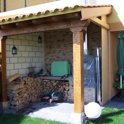 Implantación porche de madera en Vivienda en Artajona