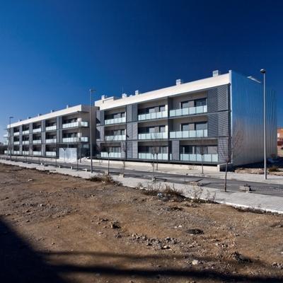 Edificio plurifamiliar de 50 viviendas y planta aparcamiento
