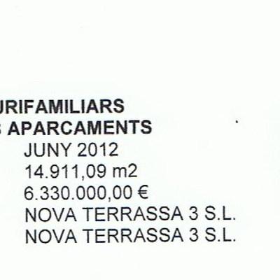 EDIFICIO DE 34 VIVIENDAS PLURIFAMILIARES Y 24 VIVIENDAS EN HILERA CON APARCAMIENTO COMÚN