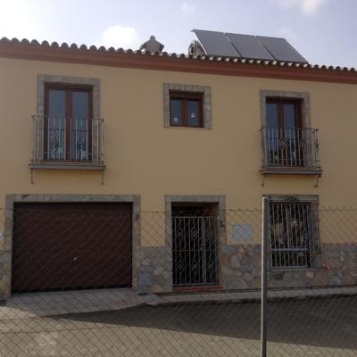 Viviena Unifamiliar en Prologacion de c/segura,Palmones,Los Barrios, Cadiz.