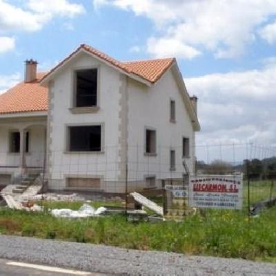 Liscarmon sl construcciones y reformas a coru a for Zarosan construcciones y reformas sl
