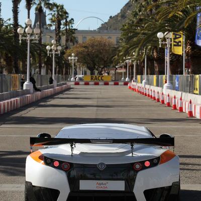 RACC - Estudio de Seguridad de la jornada sobre movilidad eléctrica en el Moll de la Fusta de Barcelona