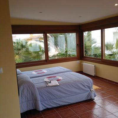 Transformación de terraza en dormitorio.