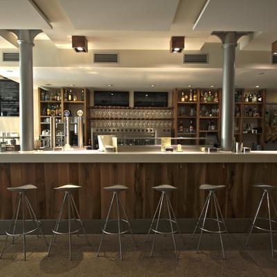 Zona de bar.