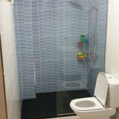 Zona de ducha y wc