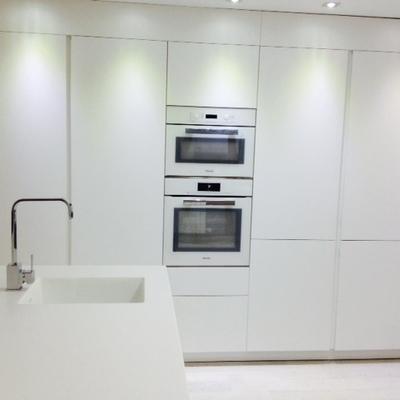 Amueblamiento cocina piso obrea nueva Granada capital