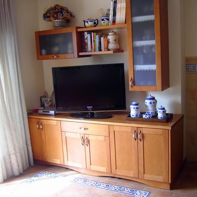 zona tv/ bar